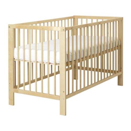Cot Including Mattress and fitted sheet