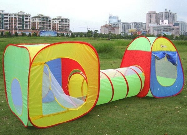 Childrens play tents and tunnel